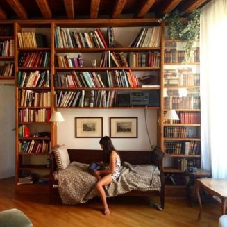 Stunning Bookshelves Ideas For Bedroom Decor ⊶ Via Matchness #DreamLibrary