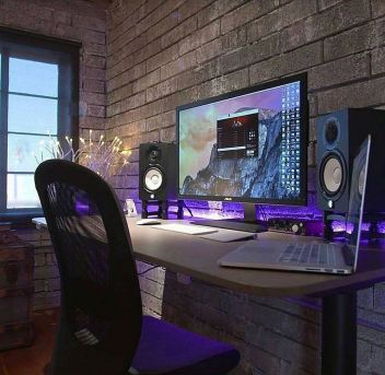 Ultimate List Of Diy Computer Desk Ideas ☼ Via Donpedrobrooklyn #Gaming Room Setup #Quarto Gamer #Playstation Room #xbox Room