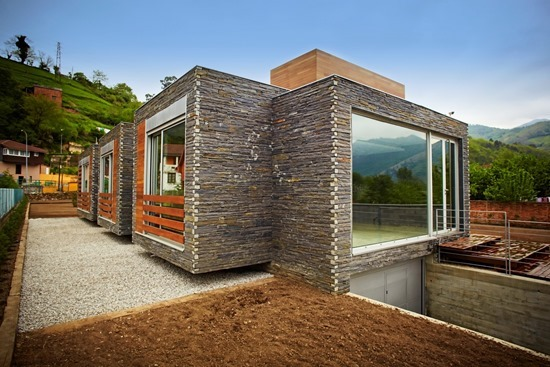 Attractive-and-Sustainable-Spanish-Home-by-Zwei-Estudio-Creativo6