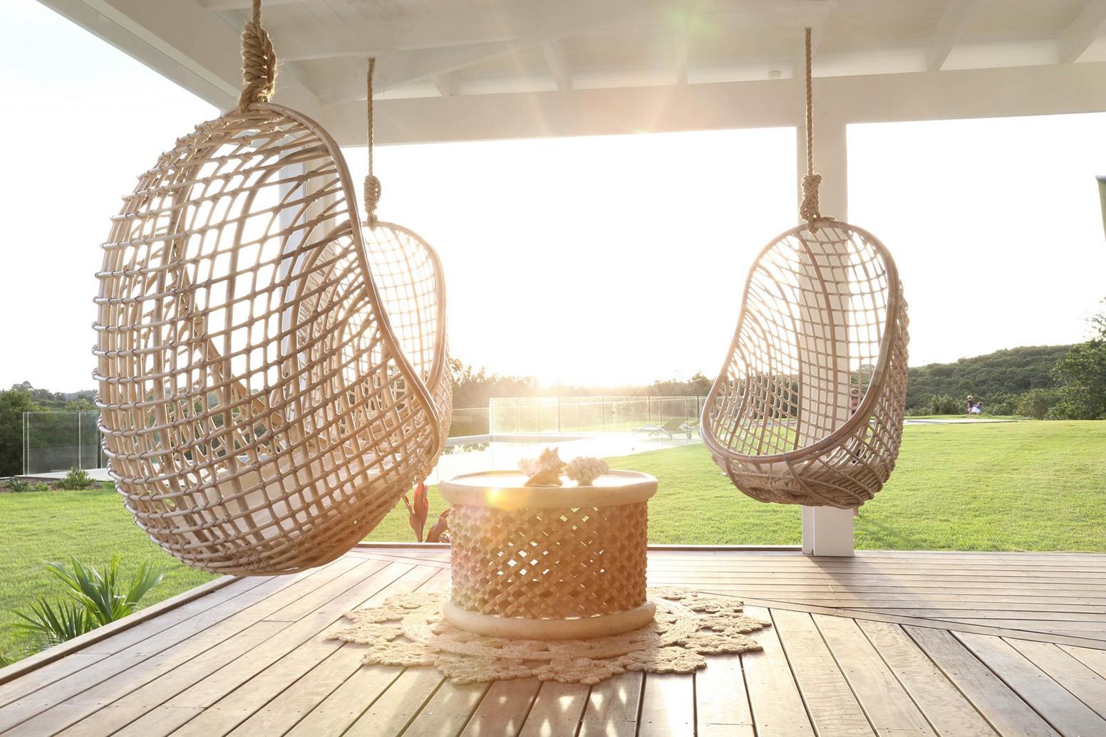 Outdoor Wicker Egg Chair Bring An Attractive And