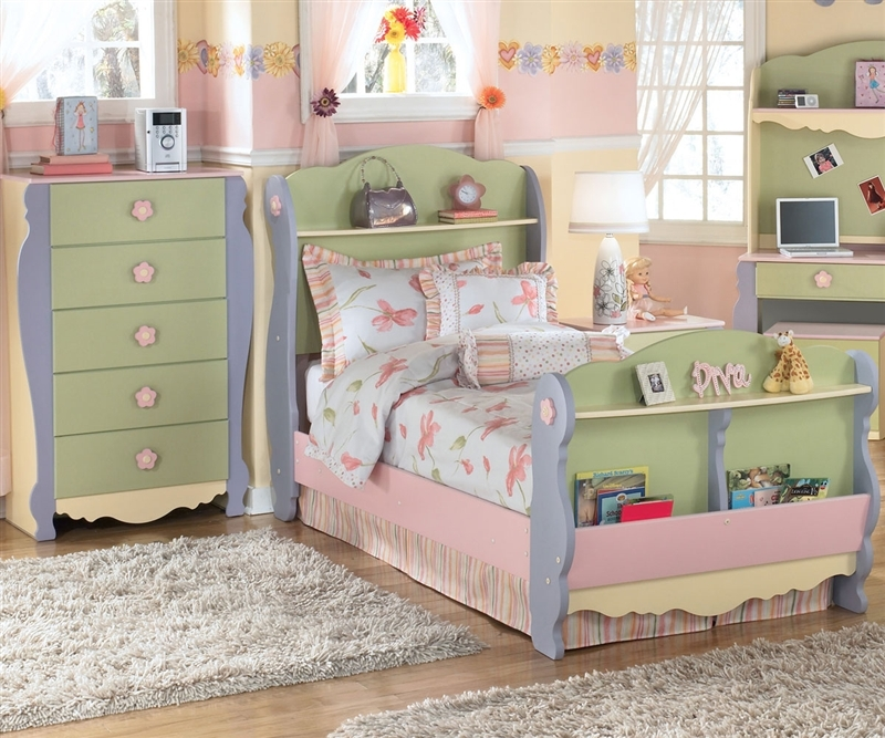 Ordinary Ashley Furniture Dollhouse Bedroom Set 7 Dollhouse Bedroom Furniture For Kids Interior Amp Ashley