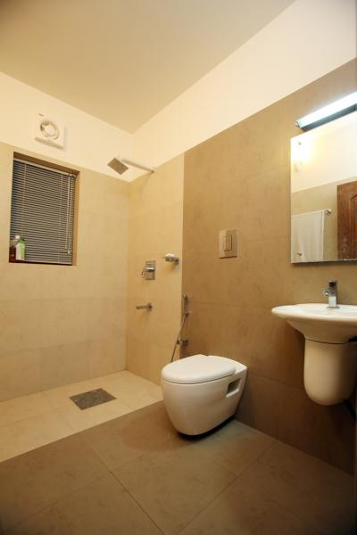 Bathroom Designs Kerala Style kerala style small bathroom designs : brightpulse