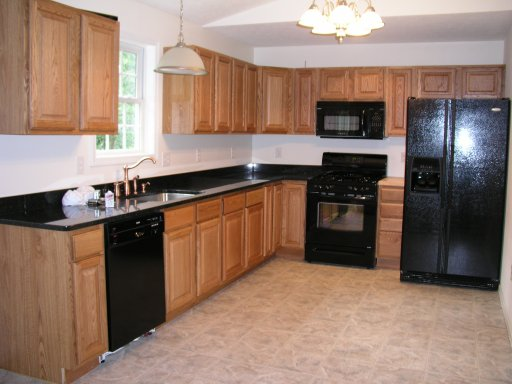 Kitchen Color Ideas With Oak Cabinets And Black
