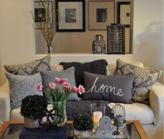 Living Room Table Decoration Ideas