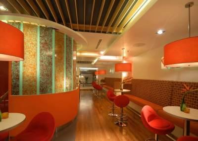 An Urban Bistro & Wine Bar Interiors