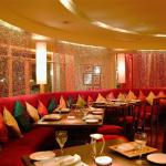 Modern Indian Bar And Restaurant Chain Commercial Interior Design