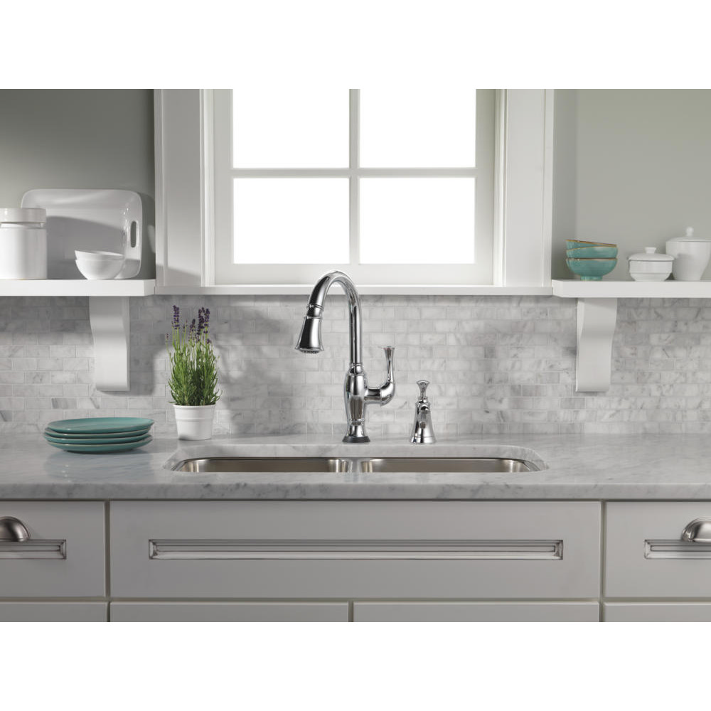 Friday Family-Friendly Find: Brizo Talo Brilliance SmartTouch Pull-Down Kitchen Faucet | Interiors for Families