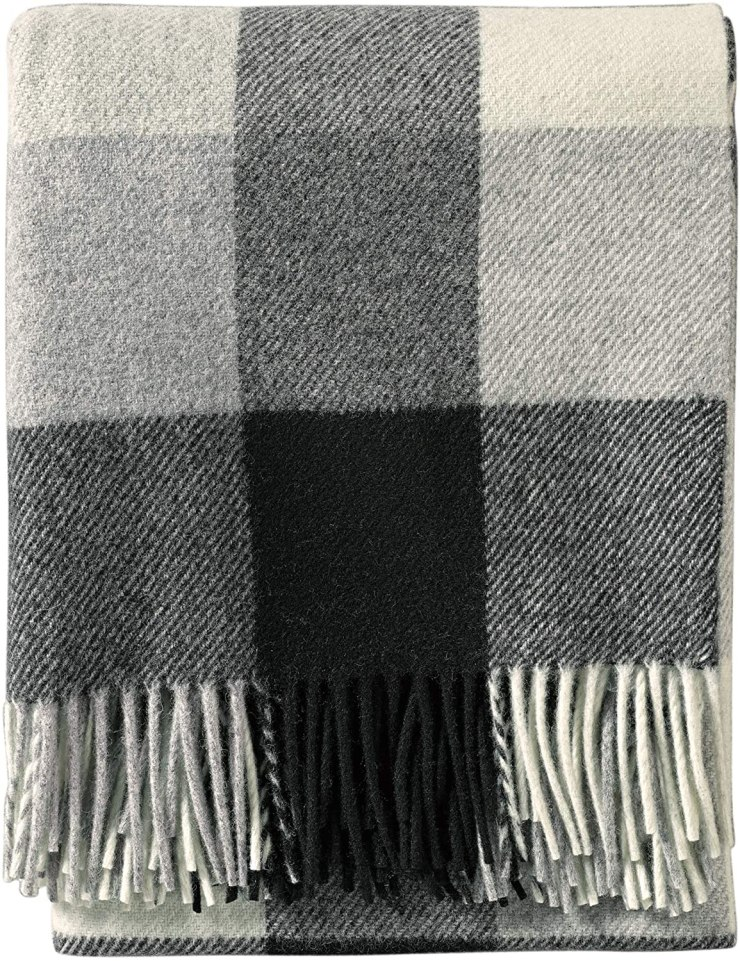 Friday Family-Friendly Find: Pendleton Eco-Wise Washable Wool Plaid Throw | Interiors for Families | Blog of Kelly Rogers Interiors