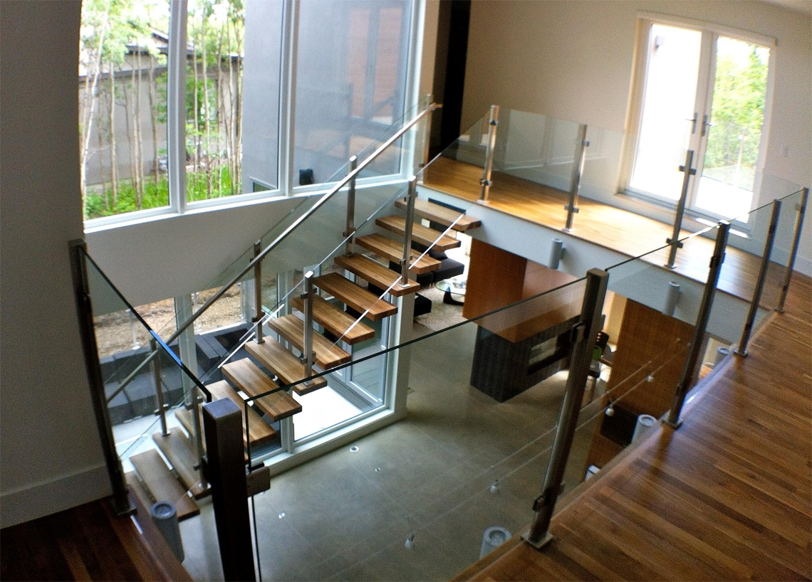 25 Glass Railings Design Ideas For Indoor And Outdoor Stairs And | Steps Railing Designs With Glass | Terrace Staircase | Tempered Glass | Indoor | Crystal | Small Space