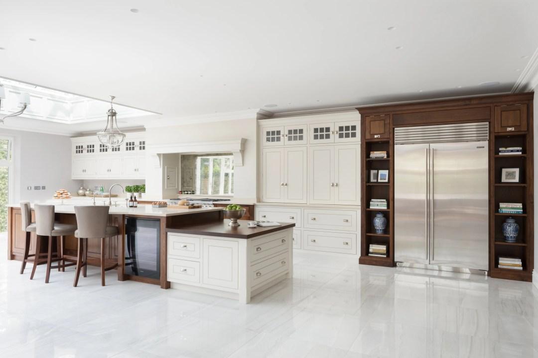 Wilton House - Luxury Painted Kitchen Brentwood - Humphrey Munson 9