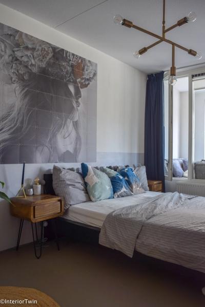 slaapkamer met lambrisering