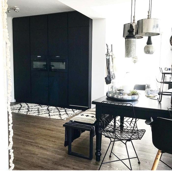 zwarte keuken @natashabijleveld
