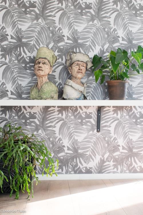 behang Marjolein Grijs kwantum met planten en beeld