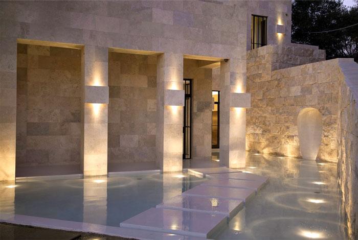 Californian House Encased In Beautiful Travertine Stone InteriorZine