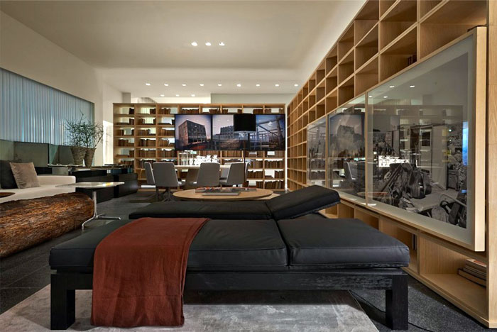 Contemporary Showroom Composition By Pedro Lazaro