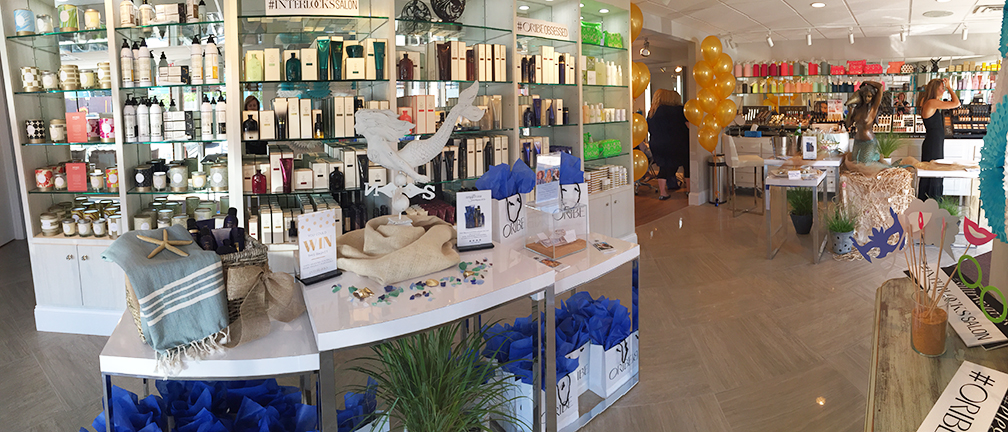 Panorama of INTERLOCKS Effortless Summer hair and makeup event