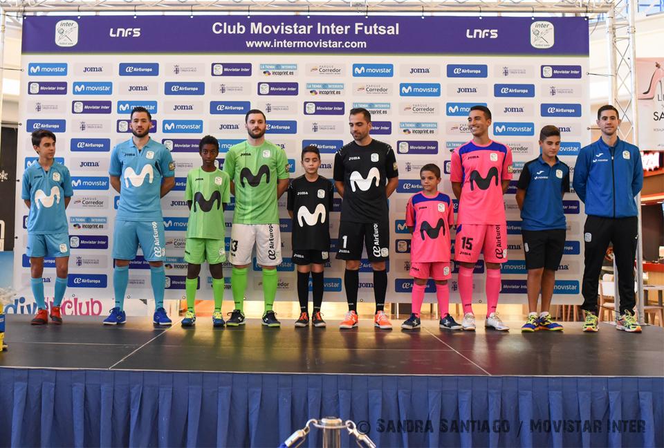 Movistar Inter presentó de forma oficial las nuevas equipaciones ... 7bae399ad0386