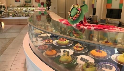 誕生日のケーキは果物たっぷりの「ア・メルベイユ」さんのタルト。
