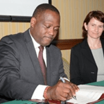 Image: International Business Minister, Donville Inniss and Elena Perkarova from the Slovak Republic's Ministry of Finance at the signing of the Double Taxation Agreement (DTA) at the Hilton Barbados October 28th, 2015