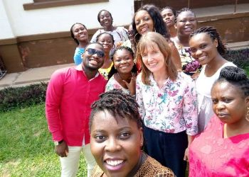 A group of Ghanaians take a selfie with the author.