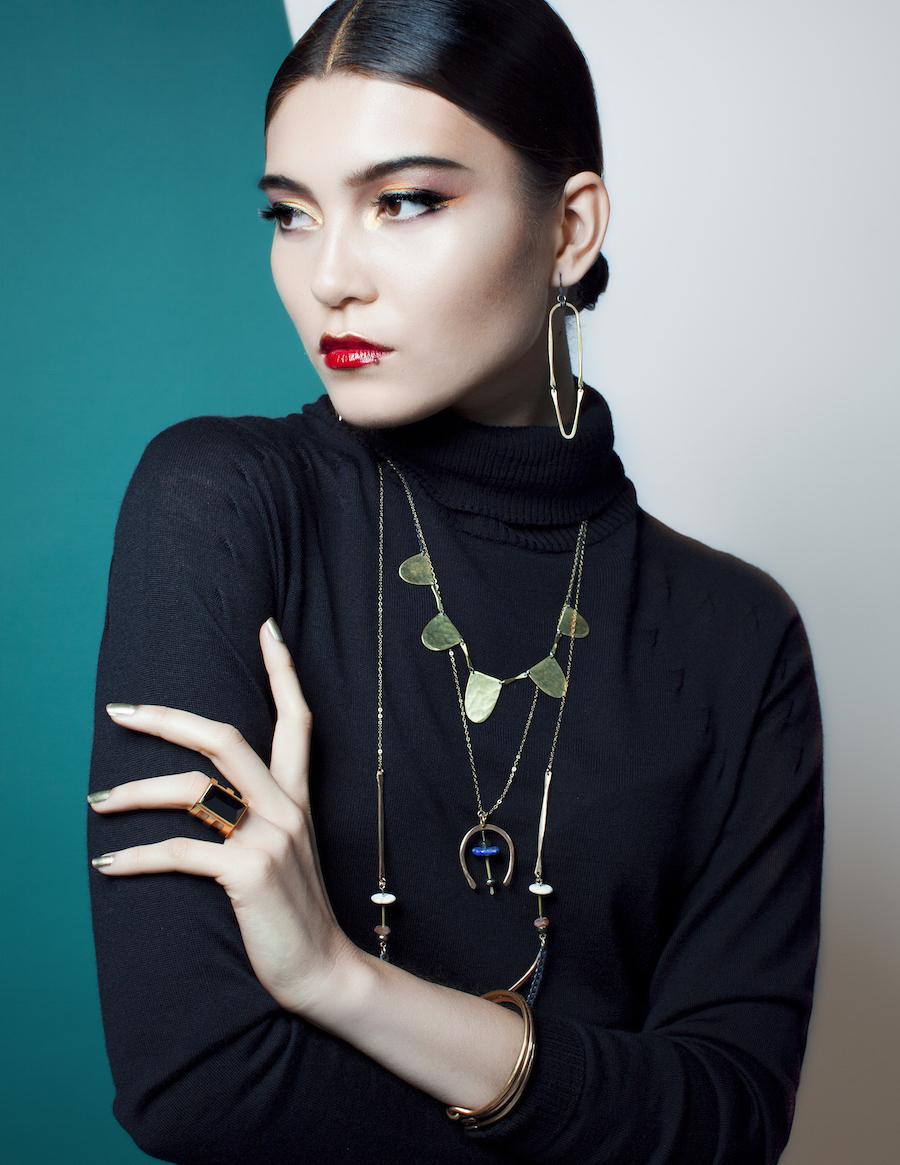 golden jewelry beauty shoot