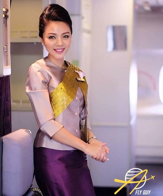 Garuda Indonesia cabin crew