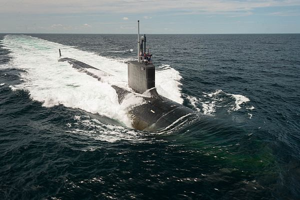 USS Vermont (SSN 792) Virginia-class attack submarine boosts US Navy military power