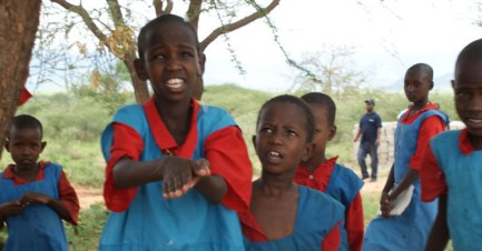 670px_Kenya_Women-and-Water4