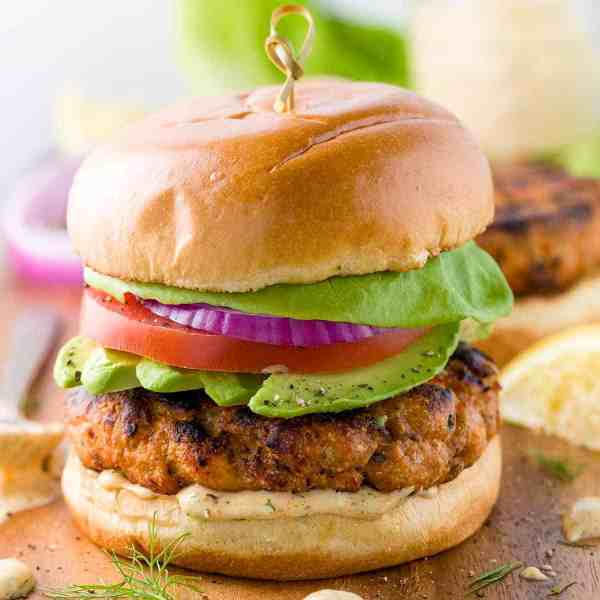 grilled-salmon-burgers-1