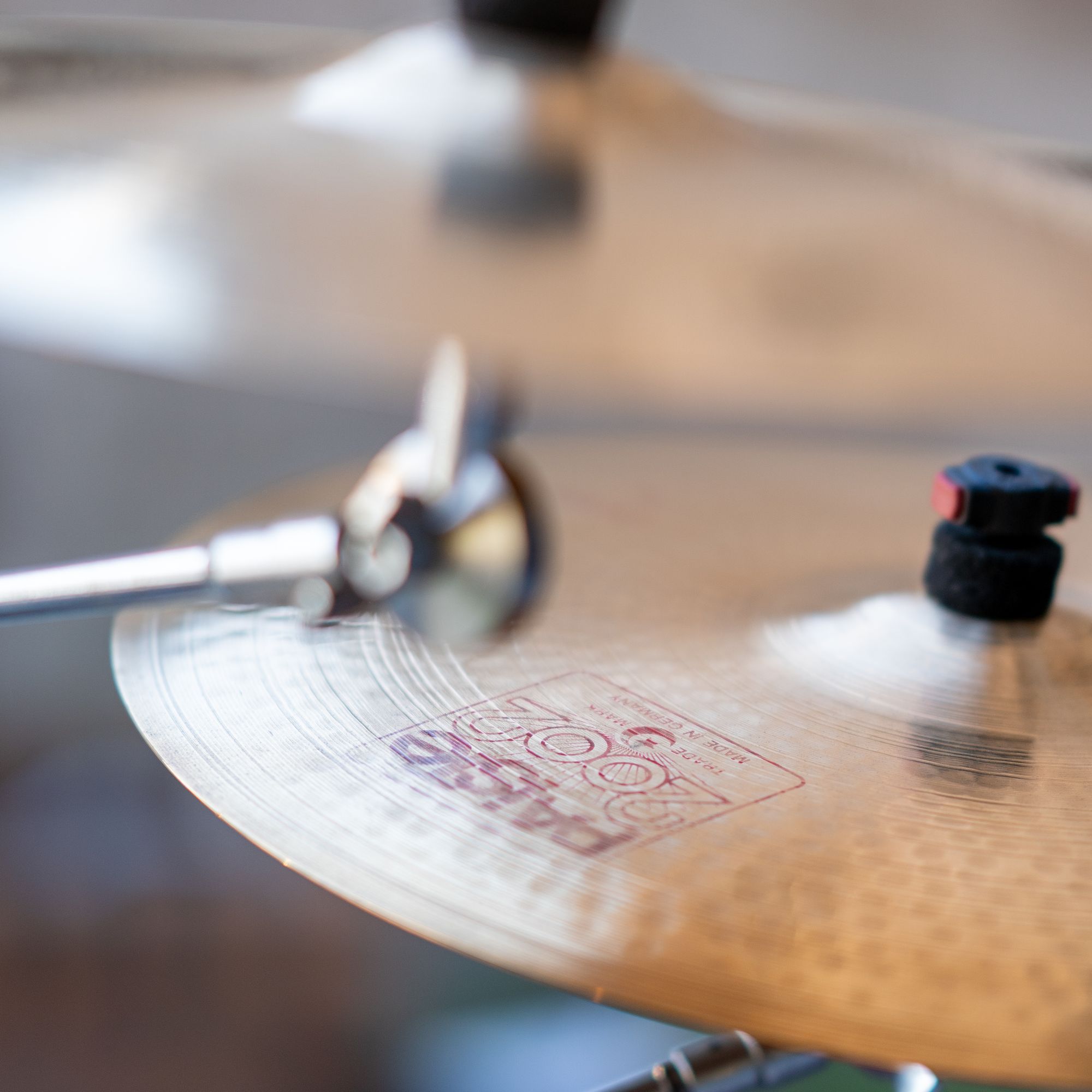 """Schlagzeug beim Konzert """"Der Berg ruht"""" Erlangen 2021"""