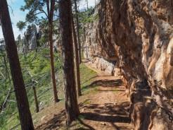 Hanging trail