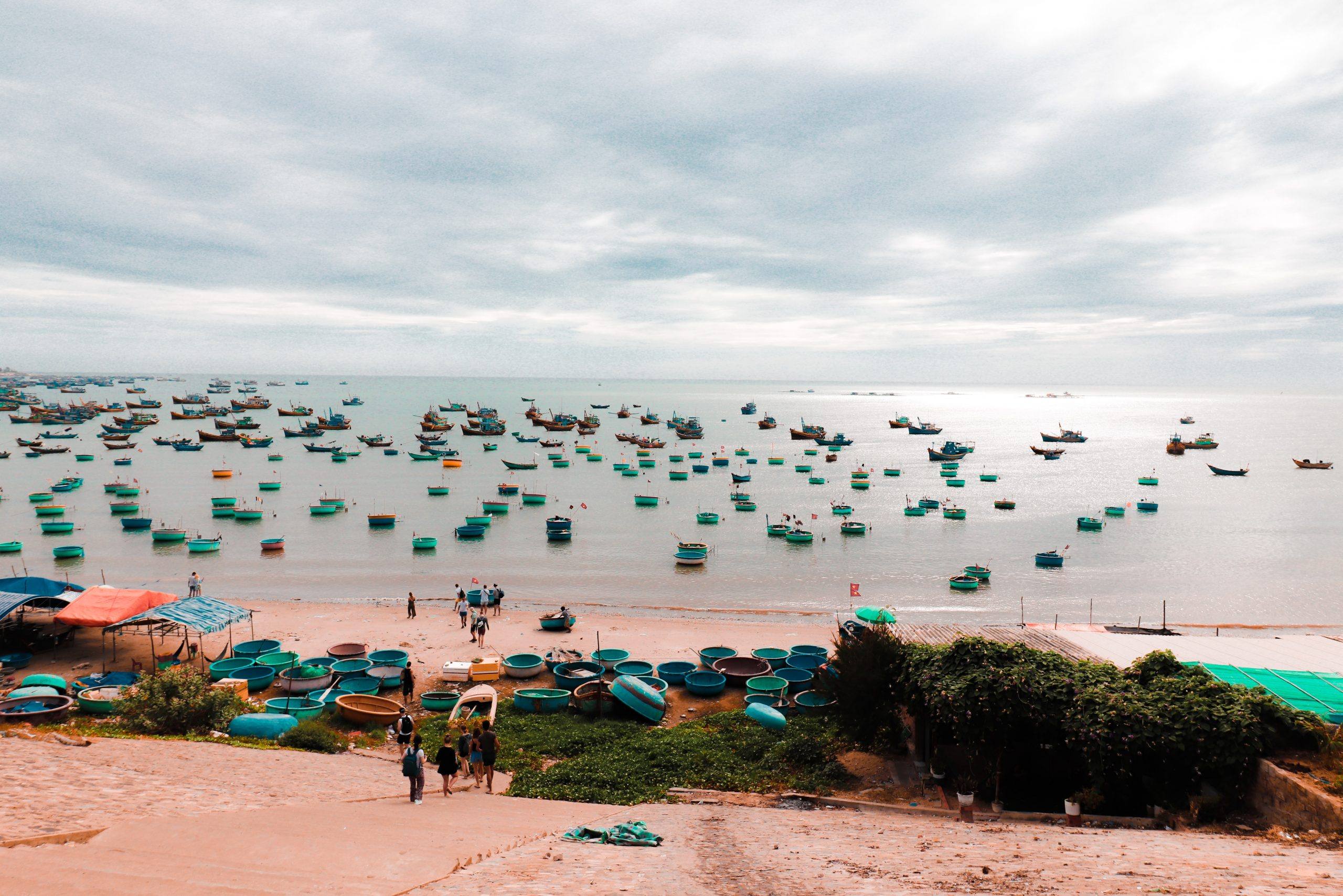 Shipping-Coastline-Vietnam-Internet-Bull-Report