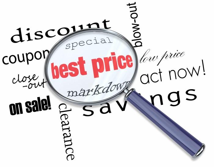 Consumidores investigan precios en línea antes de comprar