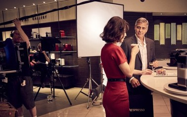 Vídeo: Clooney, el héroe protector de Nespresso