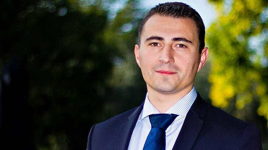 A csepeli polgármester kiáll döntése mellett – helyesen