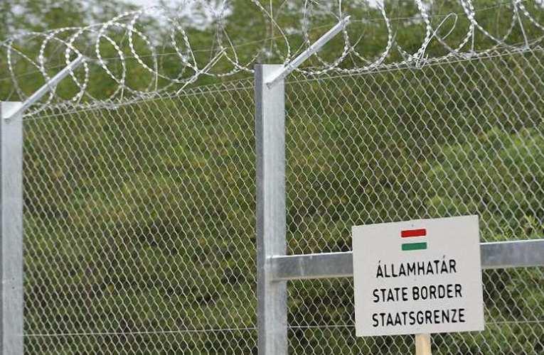Háromszáznál több határsértő ellen intézkedtek a rendőrök a hétvégén