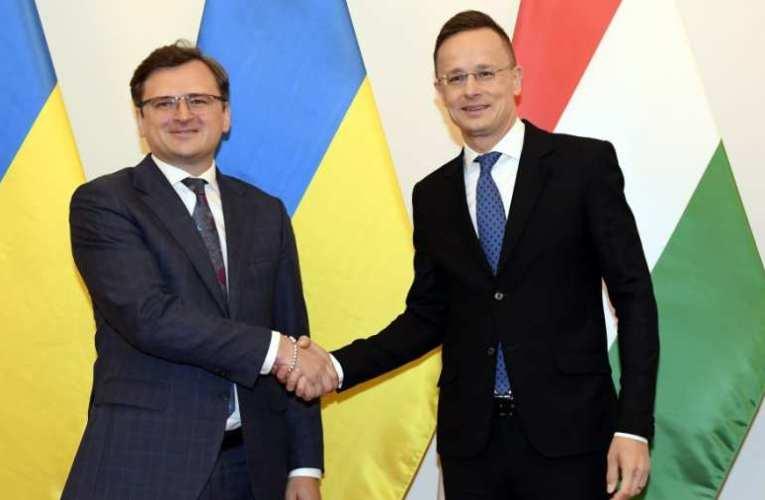 Ukrán külügyminiszter a kettős állampolgárságról