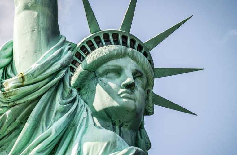 Példátlan támadás alatt áll az amerikai demokrácia