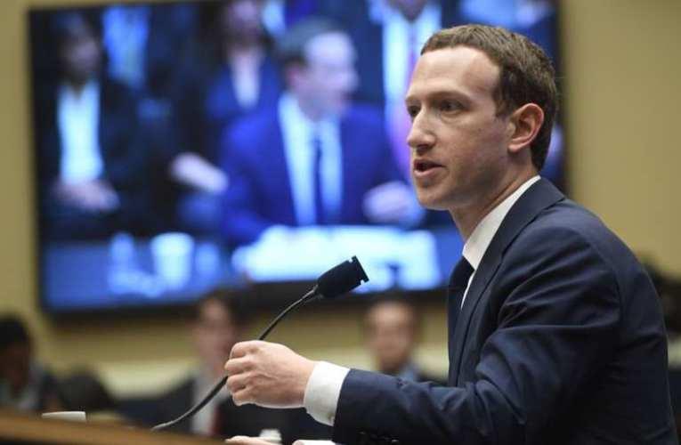 Fogy a levegő Zuckerberg körül