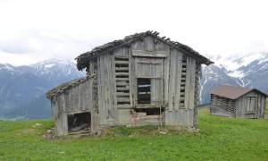 Stall oberhalb Lumbrein (Val Lumnezia)