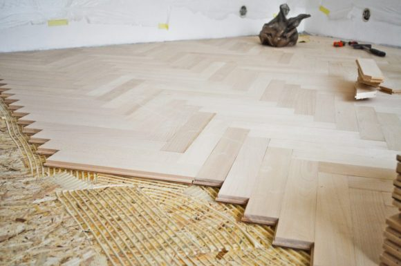 ·Preparing the Subfloor before Installing the Wooden Plate