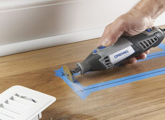Cut-Plastic-with-a-Dremel