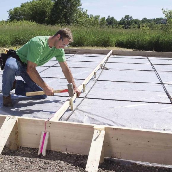 How-to-Pour-Concrete-in-Sections
