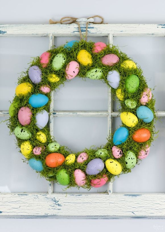 Green-and-Egg-Spring-Wreath