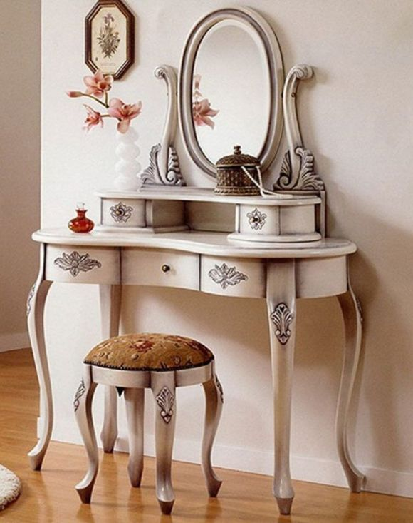Antique Mirror Hanging Over Vanity Table for Entryway Decor Ideas