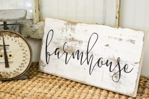 Make Your Own Distressed Lettered Sign