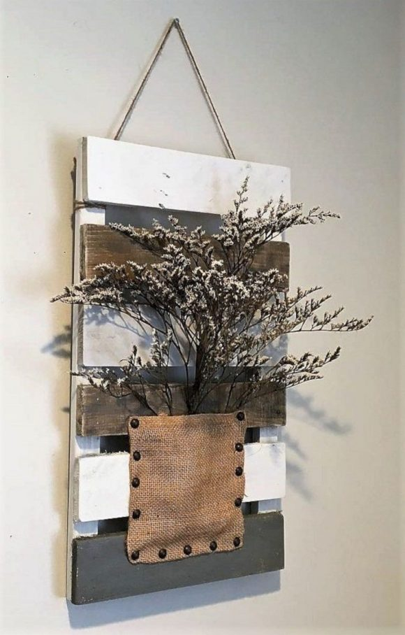 Pallet Wall Decor Plants