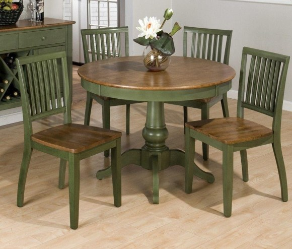 Repaint the Dining Table with Solid Colors