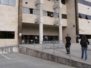 Facultad de Cc. Sociales y de la Comunicación cerrada