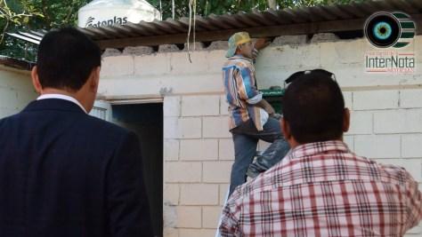 RECONSTRUYEN BAÑOS EN ESCUELA